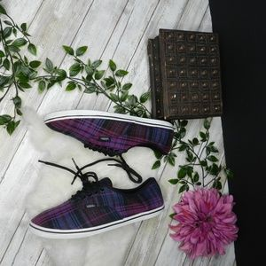 vans Purple plaid fall sneakers blue black stripe